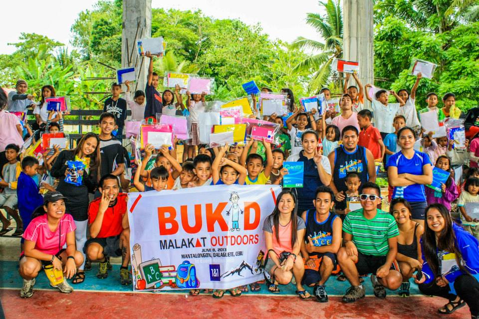 MALAKAT Group Picture at the buKID Charity Climb