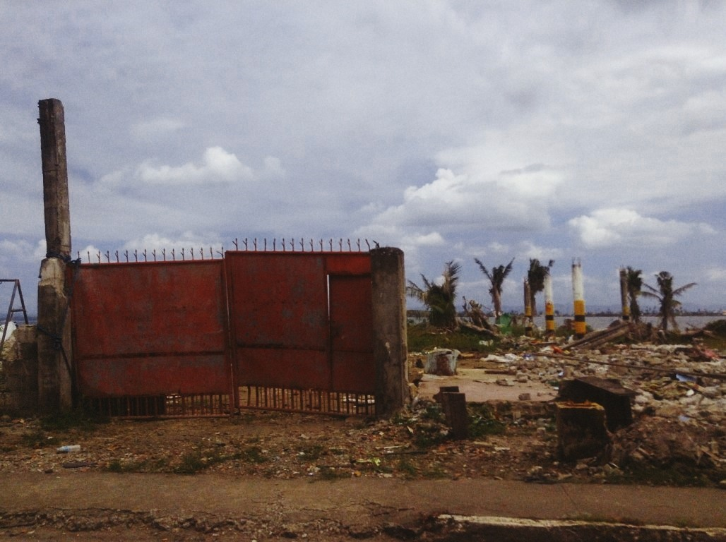 wreckage in tacloban city due to typhoon yolanda