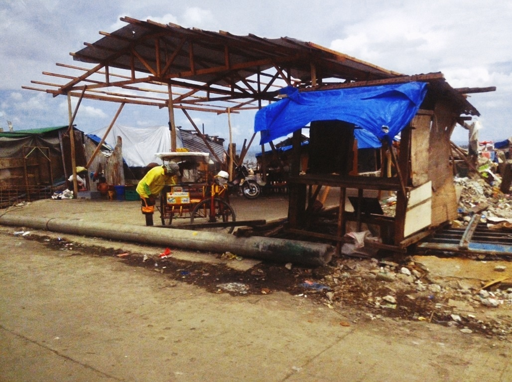houses being built in the no build zone in tacloban city after typhoon yolanda