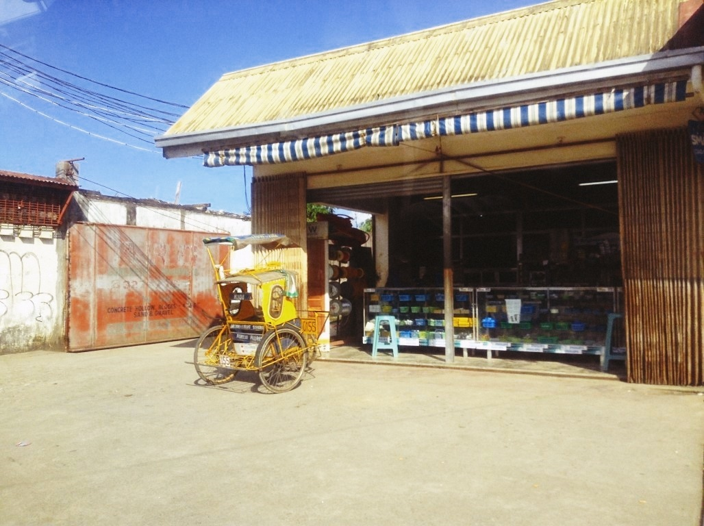 hardware store in v&g tacloban city after typhoon yolanda
