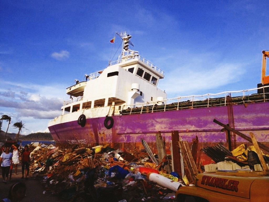 wrecked ship in tacloban city after typhoon yolanda 2